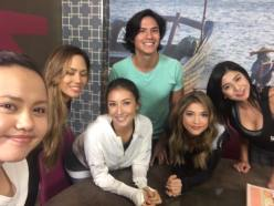 Groufie time with Solenn, Rhian, Matthias Rhoads and the girls of F.O.T.A.
